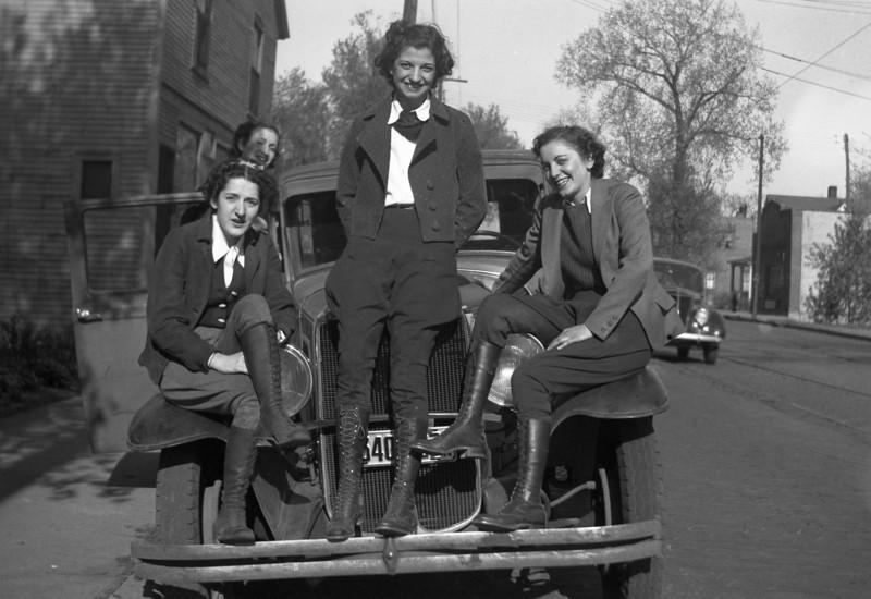 Sitting on radiator: Mary Natole Bottolene, others ??