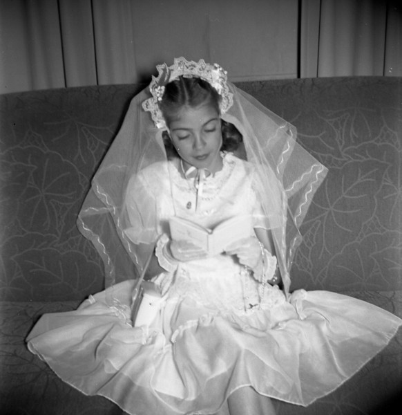 LAURA JEAN SOLIE ......FIRST COMMUNION