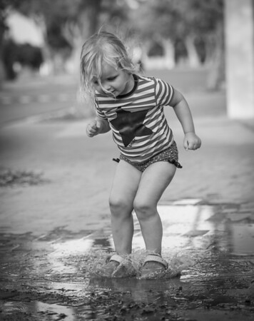 Belle, jumping in puddles, in a casual 'at home' photoshoot.<br /> <br /> Photo by: Stephen Hindley©