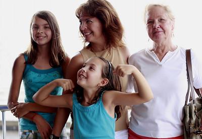 Kathryn, Lee, Kristen, Glenda