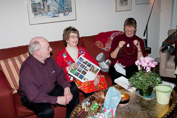 christmas2010_KGB_7877_20101225