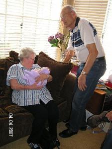 April 4_ 2007 Great grandparents and Auntie Linda visit Gracie 005.jpg