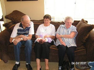 April 4_ 2007 Great grandparents and Auntie Linda visit Gracie 018.jpg