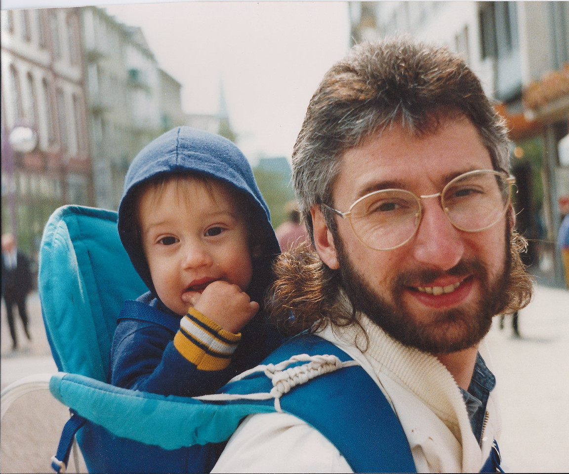 Stevan & Solomon came for a visit while I lived in Germany.  This is downtown Frankfurt in the summer of 1990.