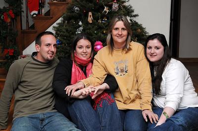 2007 December - Laurie & Kids