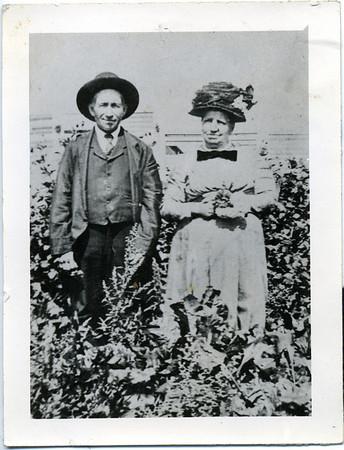 Old Family Photos - Esch-Wilke // Block-Topper