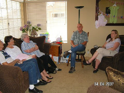 April 4_ 2007 Great grandparents and Auntie Linda visit Gracie 027.jpg