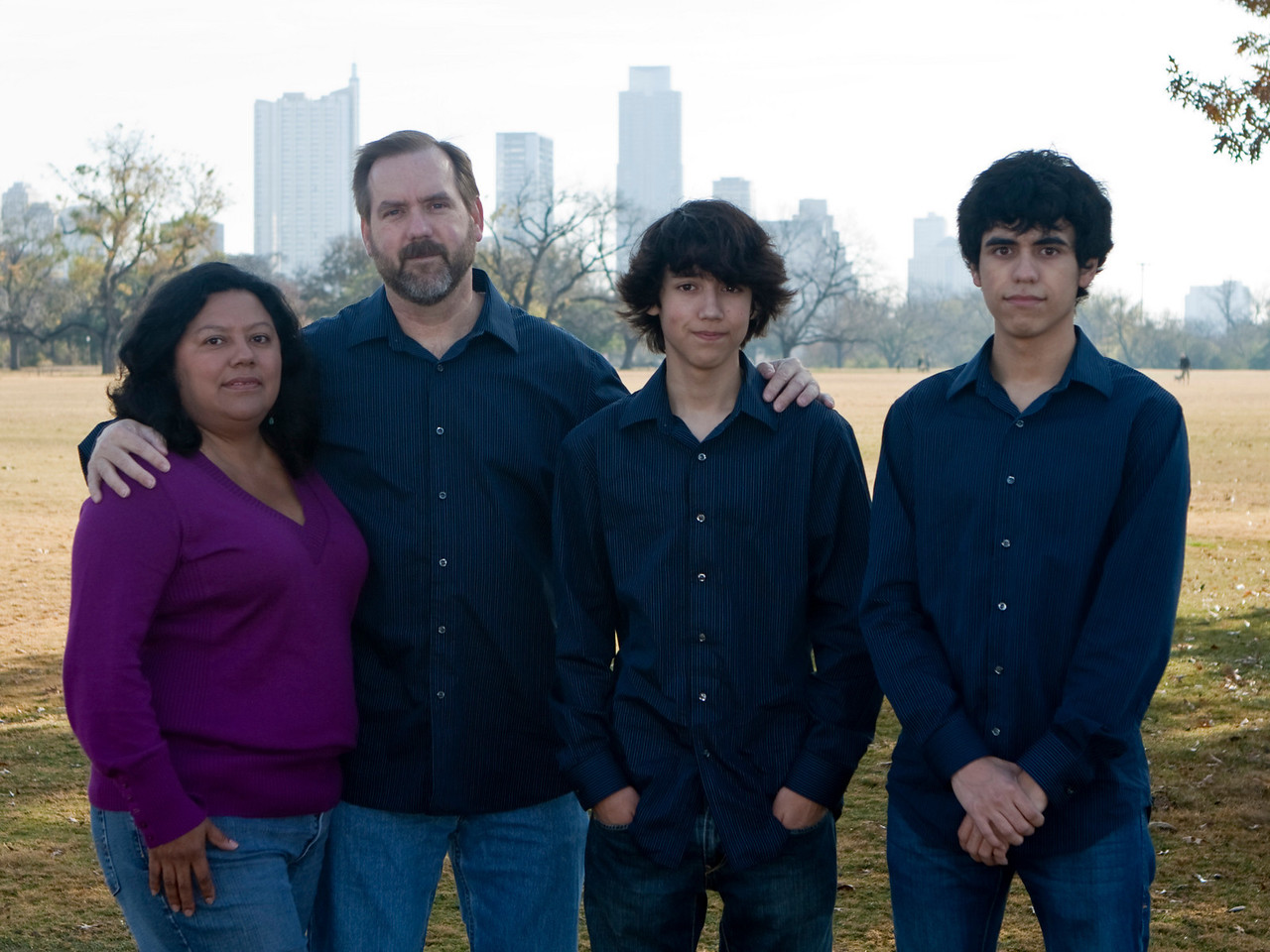 Gibbens family Christmas photos, Dec 2010, Zilker Park.  Taken by Milton Otton.