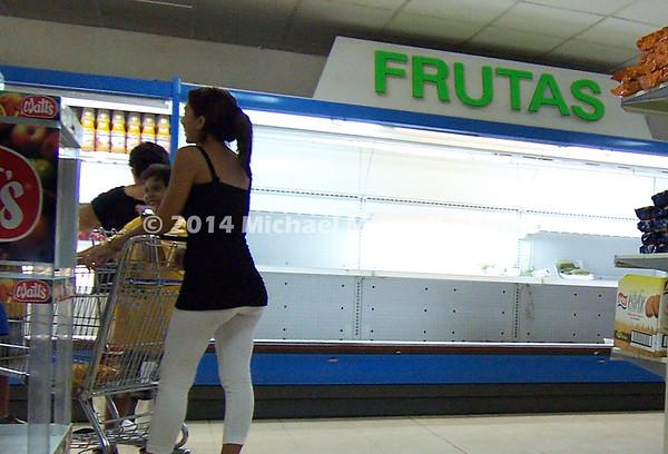 EPV0928_24x16_cropped_tight_Supermarket_empty