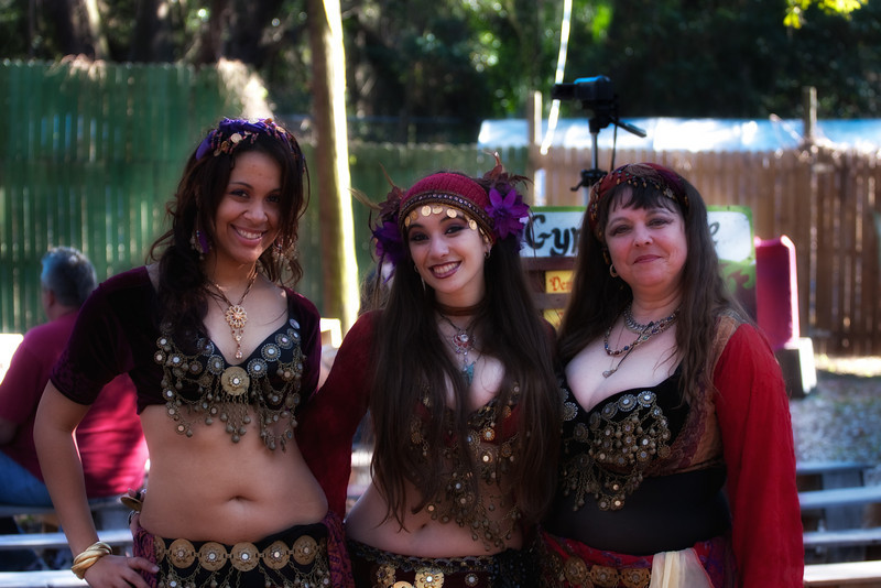 3 belly dancers