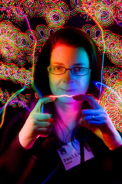 """<A HREF=""""http://foocamp.crowdvine.com/profile/show/1243"""">Pauline Ores</A>"""