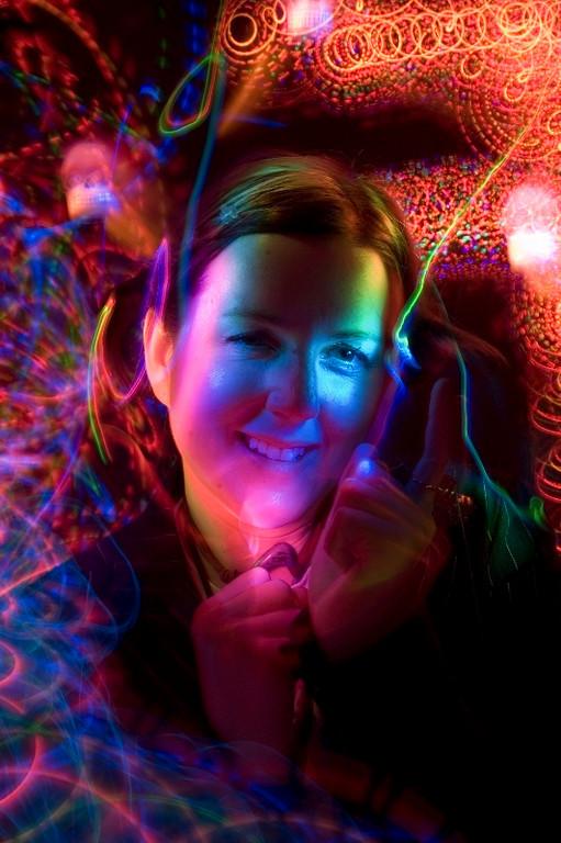 """<A HREF=""""http://foocamp.crowdvine.com/profile/show/1180"""">Tara Hunt</A>"""