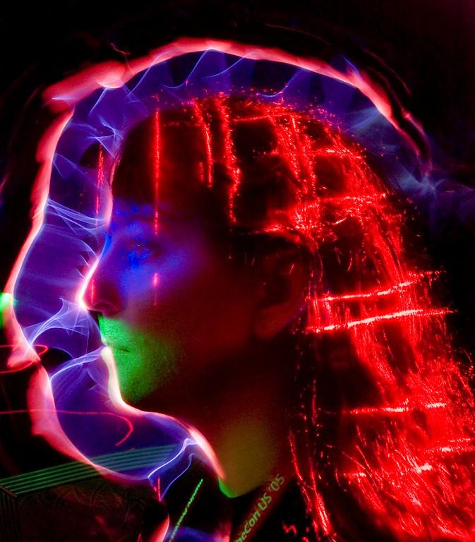 """<A HREF=""""http://foocamp.crowdvine.com/profile/show/1298"""">Greg Stein</A>"""