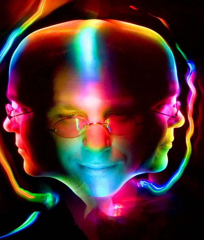 """<A HREF=""""http://foocamp.crowdvine.com/profile/show/1049"""">Brian Aker</A>"""