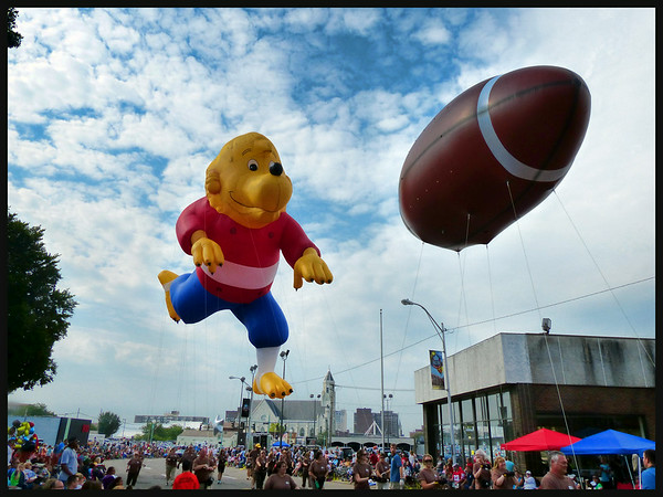 Football Hall of Fame Parade  8-2-14
