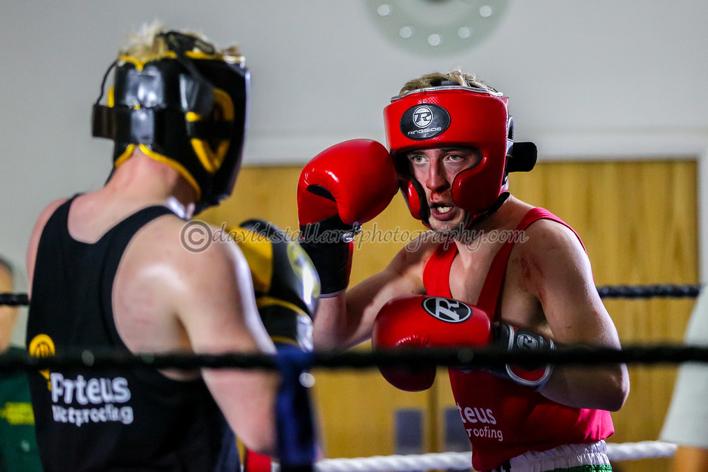 IMAGE: https://photos.smugmug.com/People/Friends-and-Family-Charity-Boxing-30-09-17/i-BNBHCRZ/0/d67f4745/XL/Friends%20and%20Family%2030-09-17%20%200373-XL.jpg