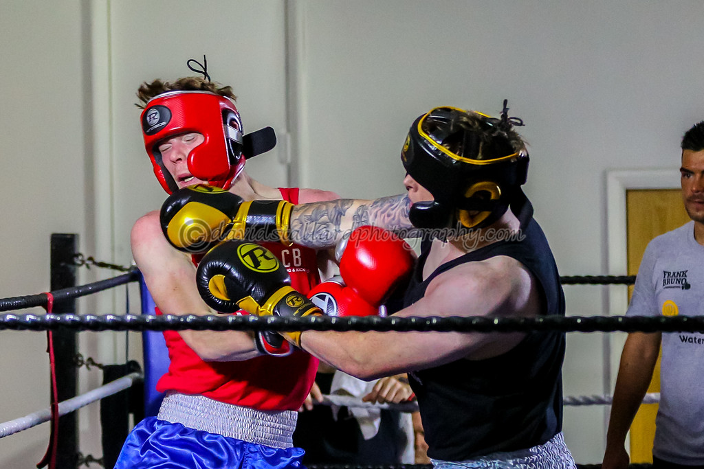 IMAGE: https://photos.smugmug.com/People/Friends-and-Family-Charity-Boxing-30-09-17/i-c7MP7C4/0/059eb264/XL/Friends%20and%20Family%2030-09-17%20%200306-XL.jpg