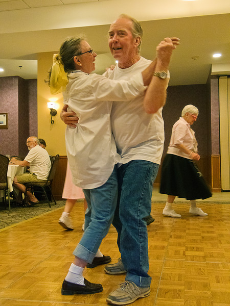 Ted and Judi dancing again; what sweethearts!