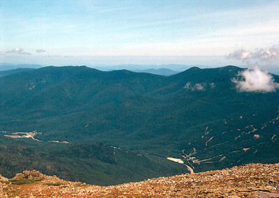 Top of Tuckerman's Ravine looked northeast toward Wildcat ski area.