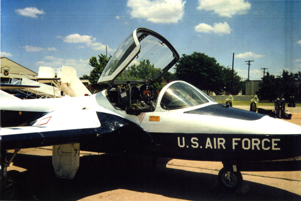 "2LT Jon Cary at UPT (I think) in a T-37 ""Tweet"""