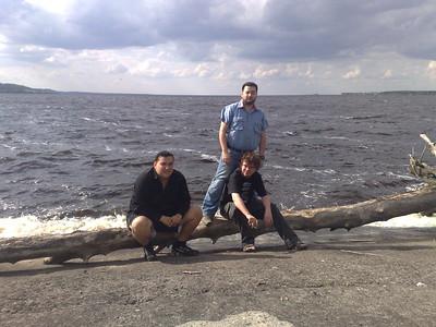 FX, Tigra и Mezius на Киевском море