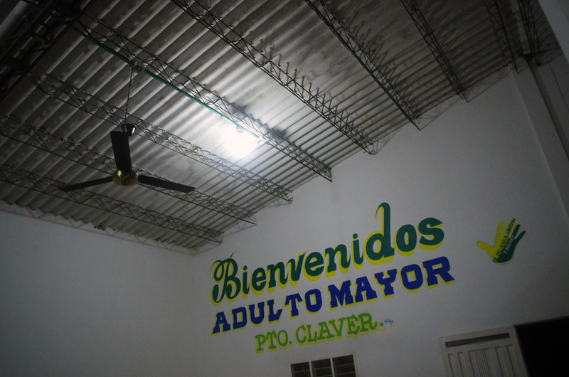The hall of the 'Senior Citizens Centre' of Puerto Claver serves as a communal space for the displaced communities.  It is estimated that approximately 600 people have been displaced, some to El Bagre, the regional centre, others further afield to Medellín or Bogotá but many remain in Puerto Claver to stay either with relatives in the town or like us, to sleep on the floor of the community centre.