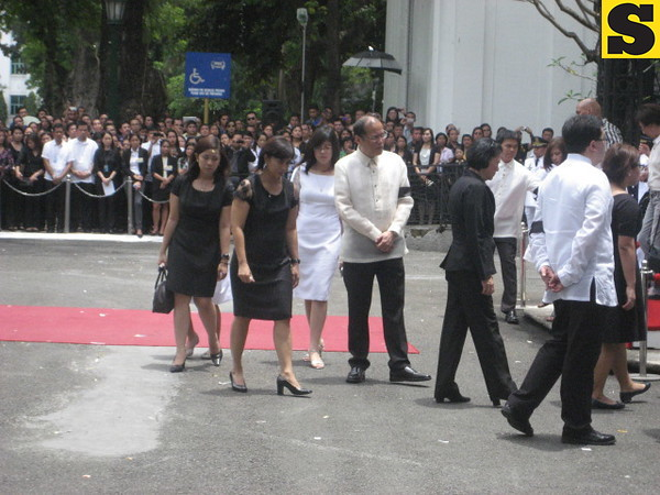 President Aquino with the Robredo family