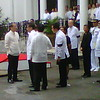 President Aquino and honorary pallbearers waiting for Robredo's cortege
