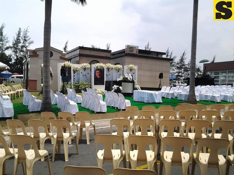 Dolphy's resting place. (Sunnex)