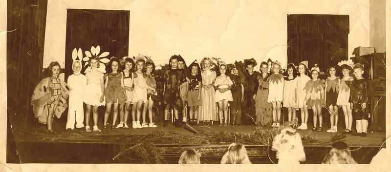 Kindergarten Class, Harvey School
