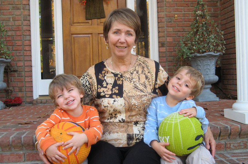 Jane Wooten Hastings and Grandchildren