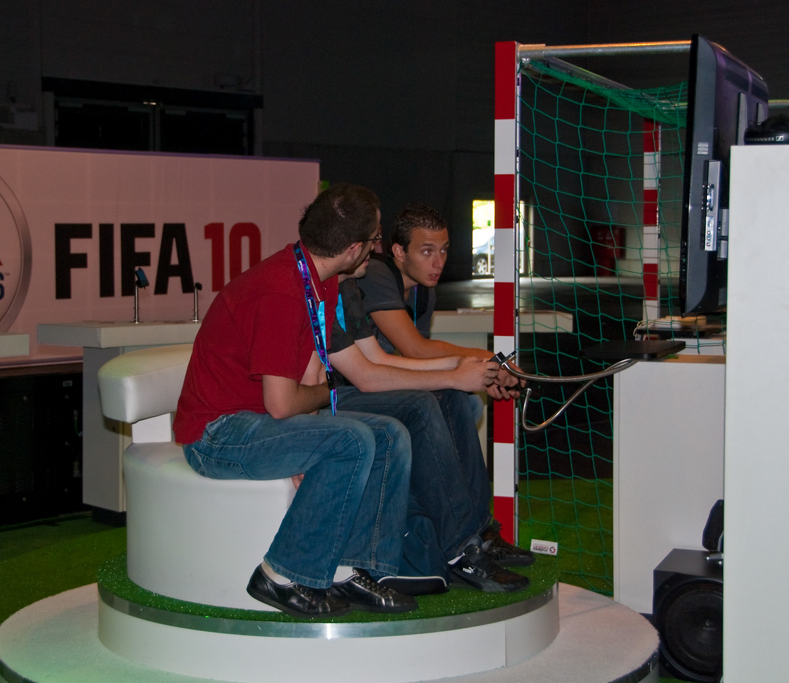 FIFA 10 at GamesCom