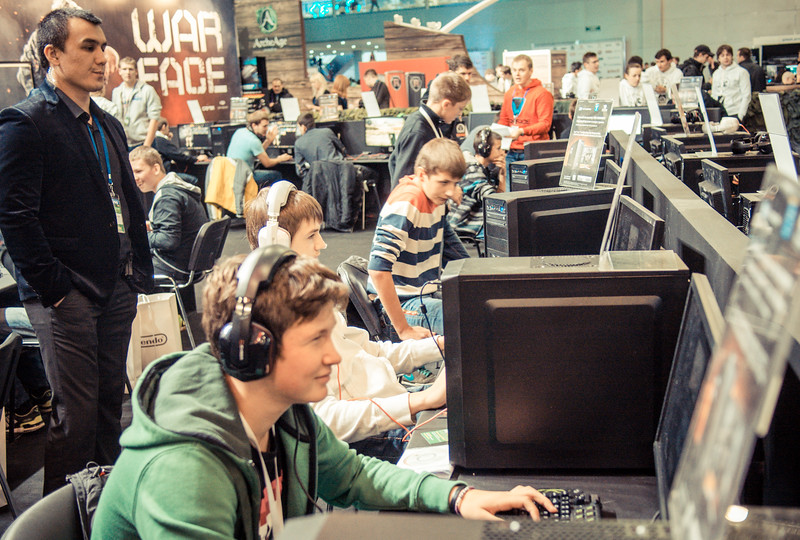 Gamers at Igromir 2013