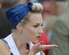 Blowing a Kiss - The Goodwood Revival 2017
