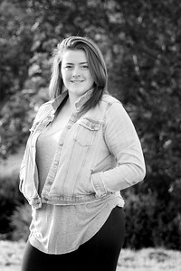 curbow photo - Callie HS Senior BW-17