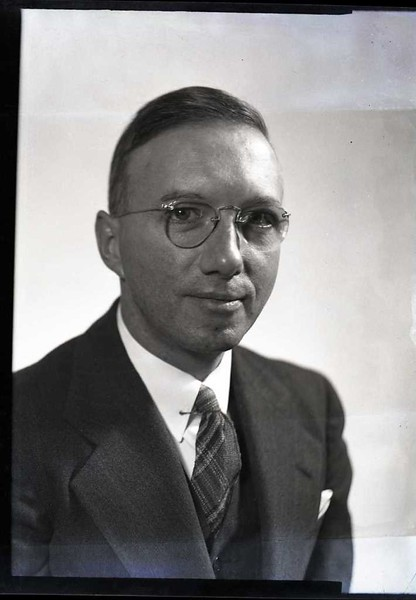 Mr. Richard Gooch V  (06904)