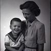 Mrs. William Otey Thomas and Child (Pete)  IV  (09244)
