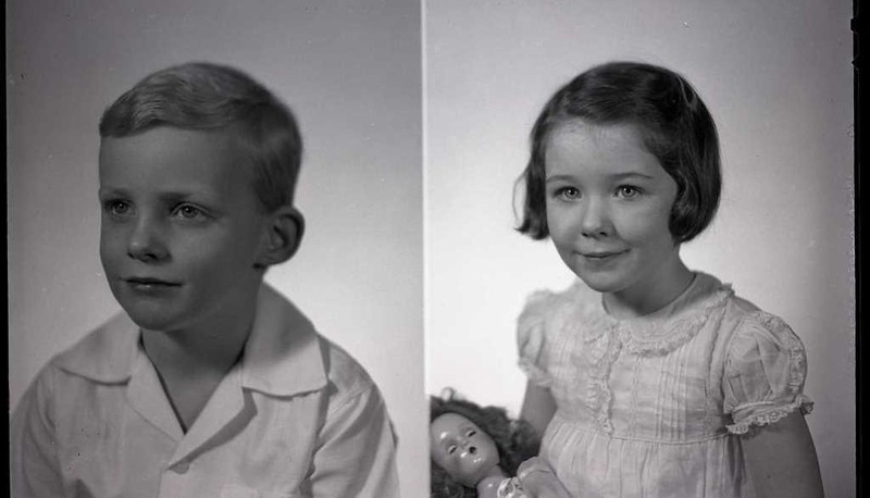 Mrs. Vernon Giles' Children, Billy and Betsy  (06837)