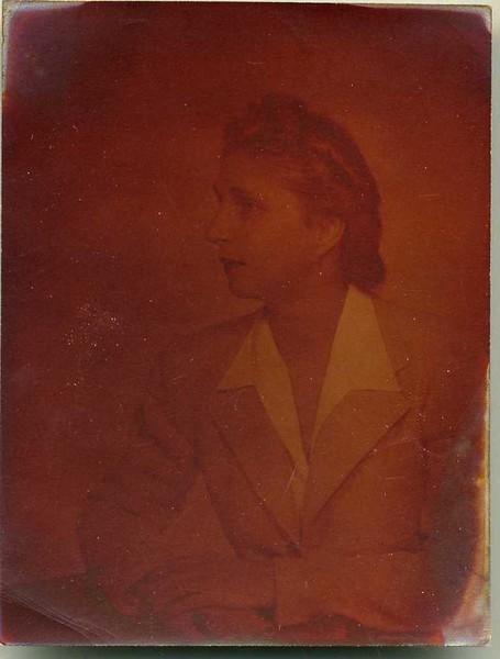 Mrs. Lola Apperson VI  (06826)