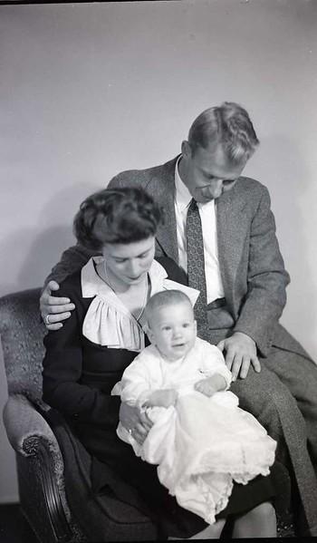 Mrs. W. B. Harris and Baby (8 of 12)  (06919)