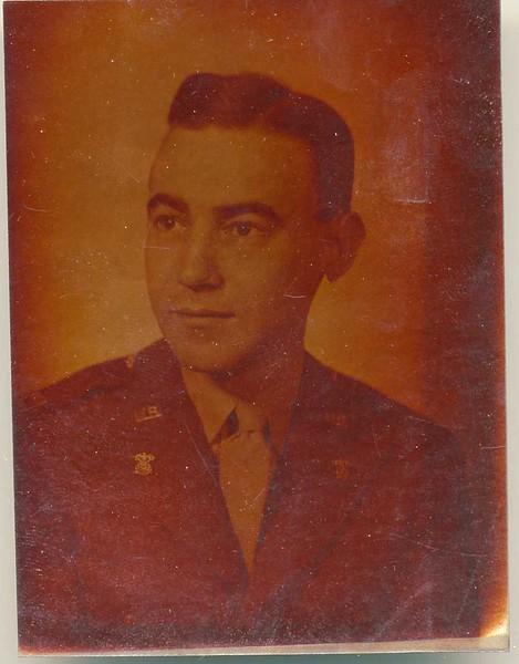 Jack Caskie in Uniform (4 of 4)  (06941)
