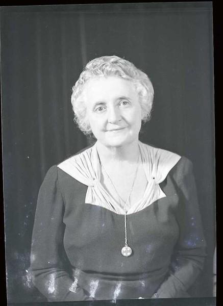 Mrs. John Craddock  VII  (06911)