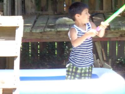 Hanrahan kids in the back yard