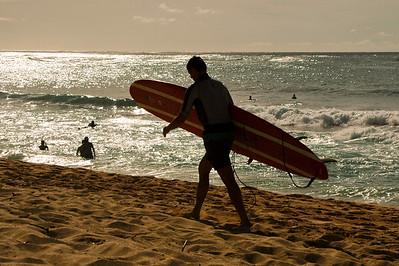 041007 034527 surfer