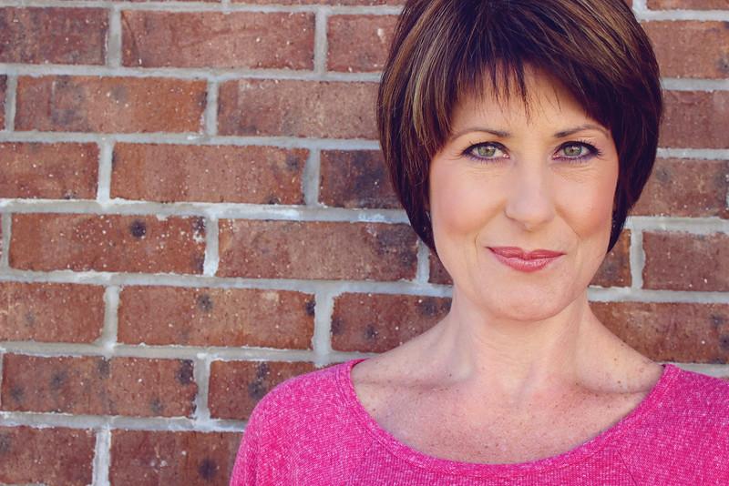 Actress headshot: Susan