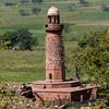 l'empereur Akbar fit constuire le Hiran Minar en souvenir de son éléphant favori