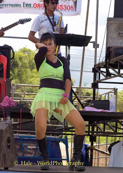 Isaan Go-Go Girl Dancing