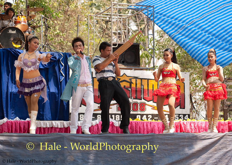 Mahlam Lao Show Performers In Ban Non Makha, Thailand