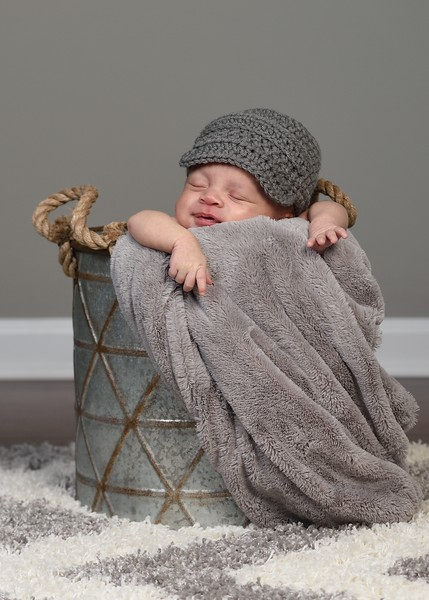 Jackson's 1 month Pictures