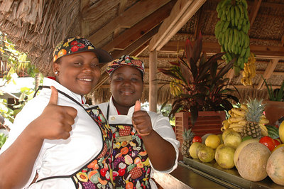 Friends at Veggie Bar - Couples Swept Away, Negril - Jamaica